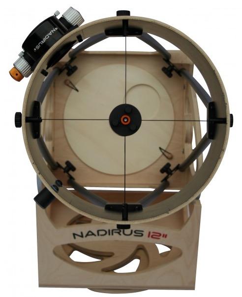 """Dobson Nadirus 12"""" 300/1500 (300mm) con base in legno.Questo kit non comprende lo specchio primario, il secondario, il focheggiatore ne il cercatore."""