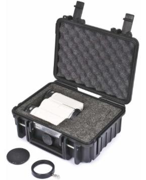 Valigetta metallica per il trasporto, imbottita con materiale espanso, con spazio per due oculari addizionali, diagonale o per i correttori ottici - Dimensioni esterne della valigia: 455x300x170 mm