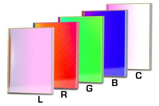 Set di filtri LRGBC parafocali quadrati da 50x50mm per CCD (spessore vetro 3mm)