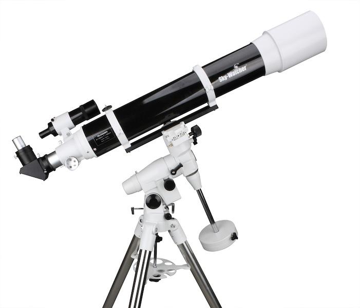 Telescopio Sky Watcher serie Balck Diamond rifrattore 120 mm su montatura equatoriale EQ5