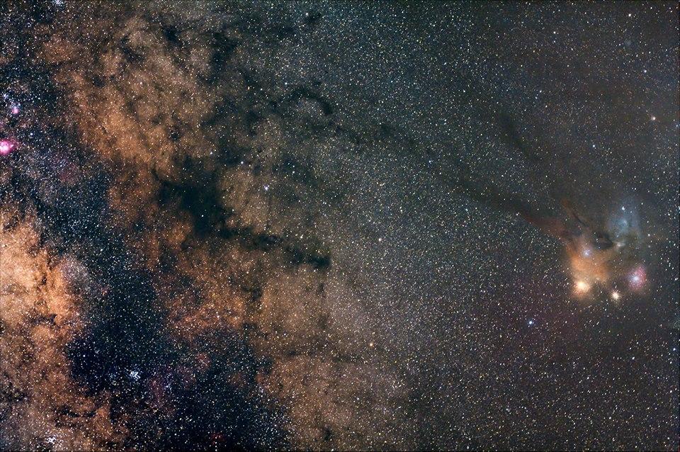 Astroinseguitore compatto per DSLR e piccoli telescopi - kit composto da: Latitude base, L-holder e mirino polare