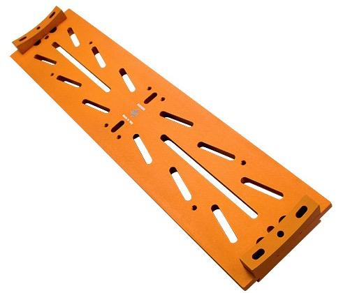 Slitta Losmandy con sagome per tubi ottici con diametro da 200 a 350 mm di colore arancione
