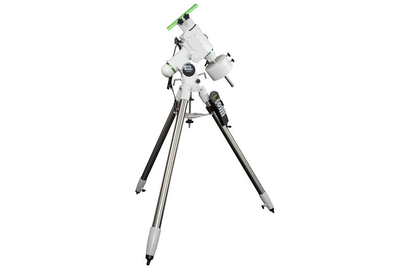 Telescopio Gso Newton 150/750  completo di correttore di coma Baader MPCC su montatura equatoriale HEQ5 Synscan