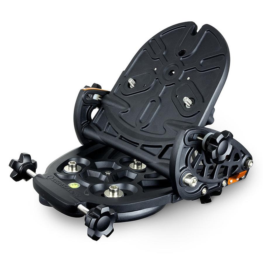 Wedge regolabile per il montaggio in configurazione equatoriale dei telescopi Celestron serie NexStar 6/8SE e NexStar Evolution 6/8/9.25