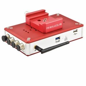 Eagle è l'unità di controllo integrata progettata per i telescopi e per l'astrofotografia. Si integra perfettamente nel vostro telescopio e vi consente di comandare tutte le funzioni in remoto tramite una connessione wireless dal vostro smartphone, tablet o computer esterno.