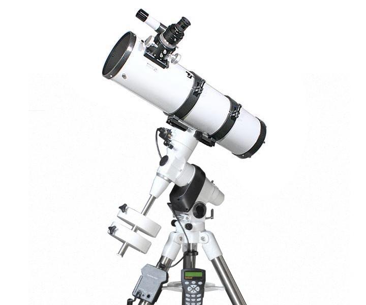 Telescopio Gso Newton 150/900 su montatura equatoriale EQ5 Synscan e coppia dioculari SuperPlossl/Barlow di ALTA QUALITÀ