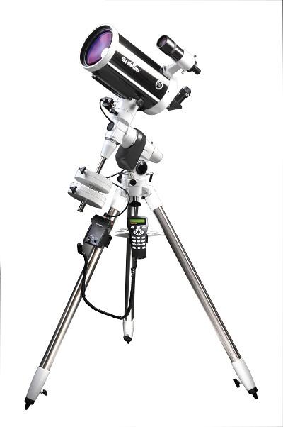 Telescopio Sky Watcher serie SkyMax Maksutov Cassegrain 150/1800 su montatura equatoriale EQ5 Synscan