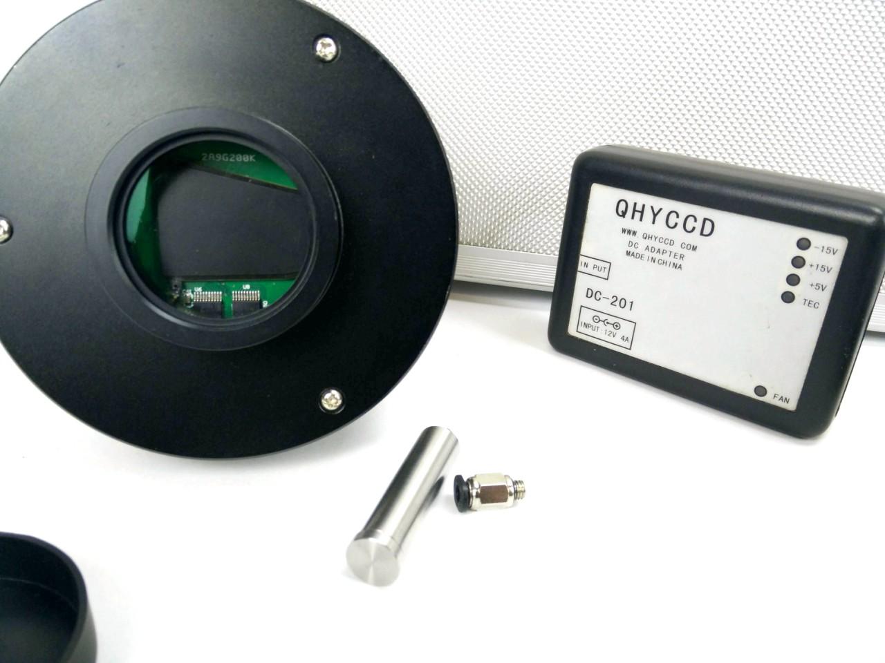 Camera CCD monocromatica QHY9 da 8,6Mpx, raffreddata a -50° -  Usata