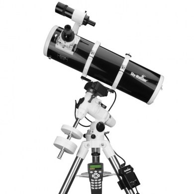 Telescopio Sky Watcher serie Explorer riflettore Newton 150/750 su montatura equatoriale EQ3 Synscan