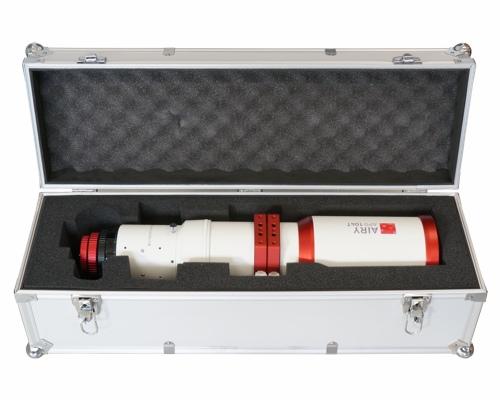 Rifrattore apocromatico in FPL-53 da 104mm e 650mm di focale, f/6,25 - spianatore non incluso